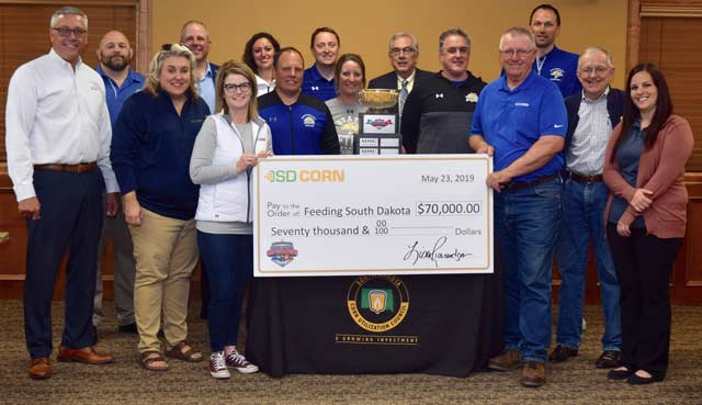 South Dakota Corn donates check to Feeding South Dakota